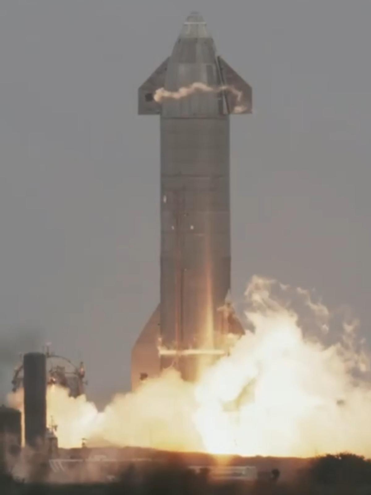 استار شیپ در پنجمین تجربه خود نیز موفق به فرود معکوس شد. ویدئو