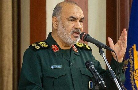 فرمانده کل سپاه: انتقام خون سپهبد شهید سلیمانی به یک آرمان تبدیل شده است