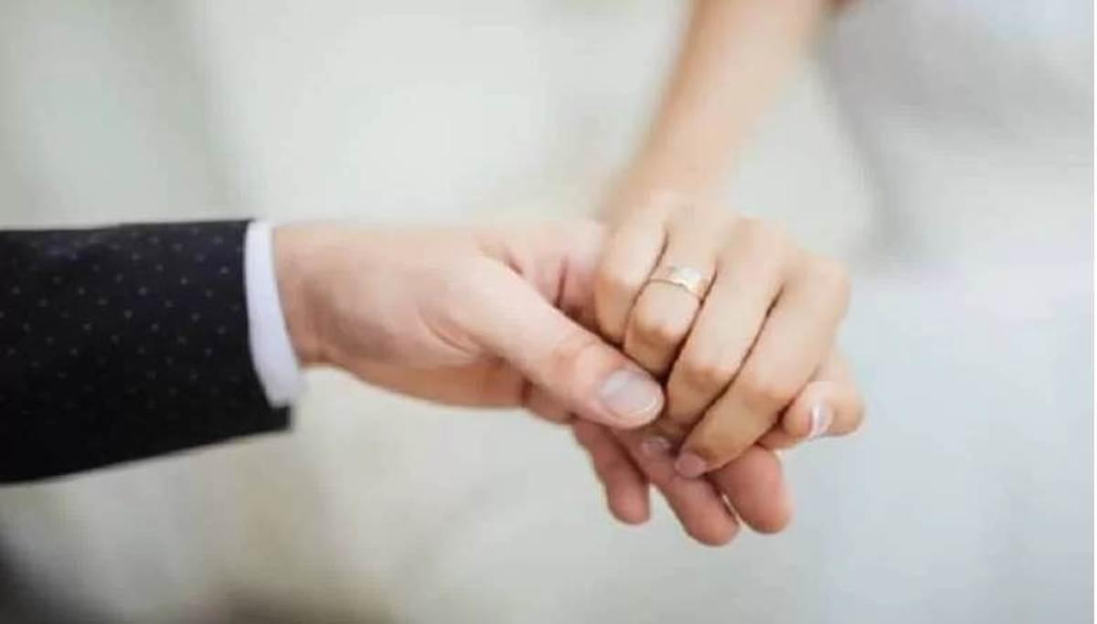 مجردها یا متاهل ها؛ کدامیک شادترند؟