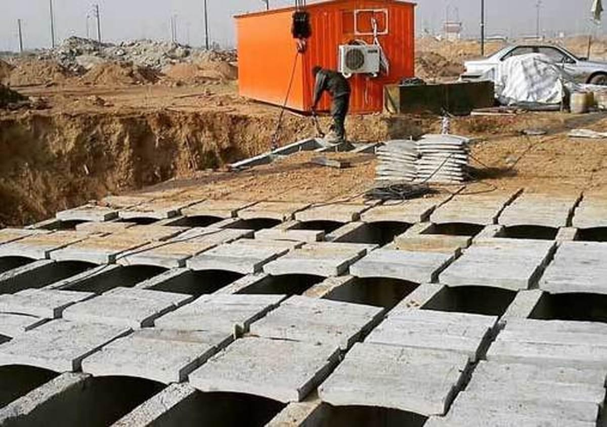 تصویر عجیب از ساخت قبرهای۴ طبقه پیشساخته در بهشت زهرا| قبرهای ۴ طبقه چگونه ساخته می شوند؟