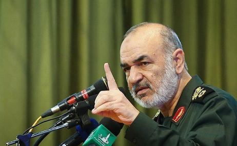 فرمانده سپاه: دیدن برخی تصاویر در مشهد قابل قبول نیست