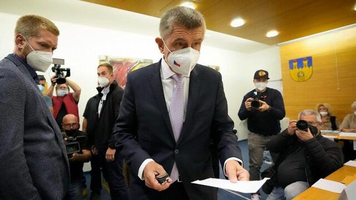 پیروزی حزب حاکم پوپولیست بدون کسب اکثریت قاطع