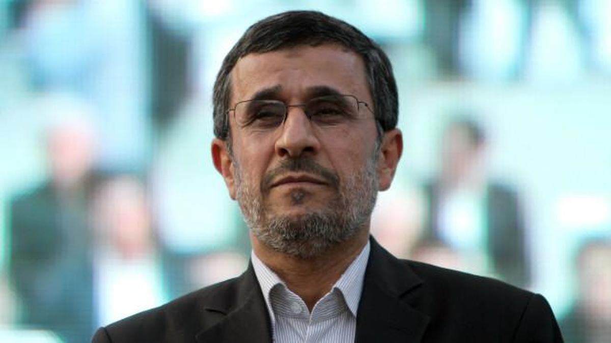 احمدی نژاد هیچ کس را به جز خودش قبول ندارد