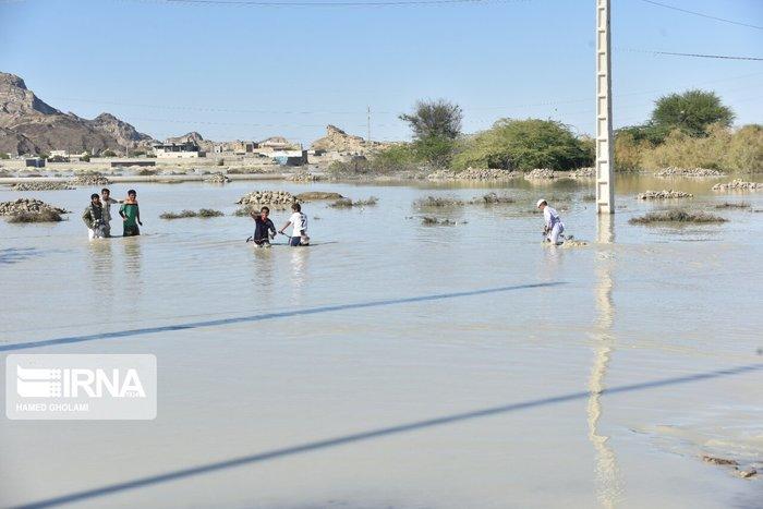 قطع راههای ارتباطی در سیستان و بلوچستان امدادرسانی را کند کرده است