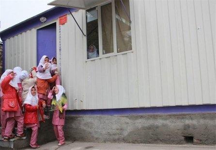 استفاده از کانکس به جای مدرسه در مناطق سیلزده پلدختر