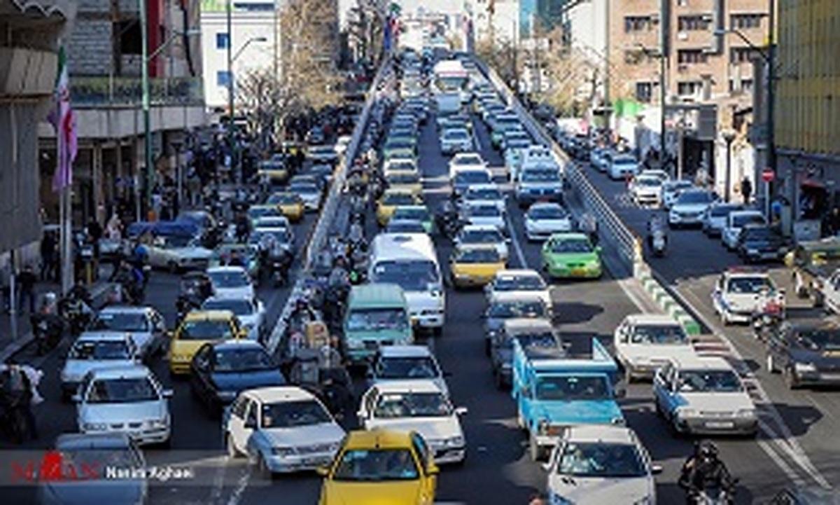 وضعیت ترافیکی جادههای مختلف کشور در عصر پنجشنبه
