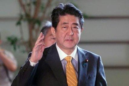 نخست وزیر ژاپن: از تصمیم آمریکا برای پاسخ ندادن به حمله موشکی ایران حمایت میکنیم