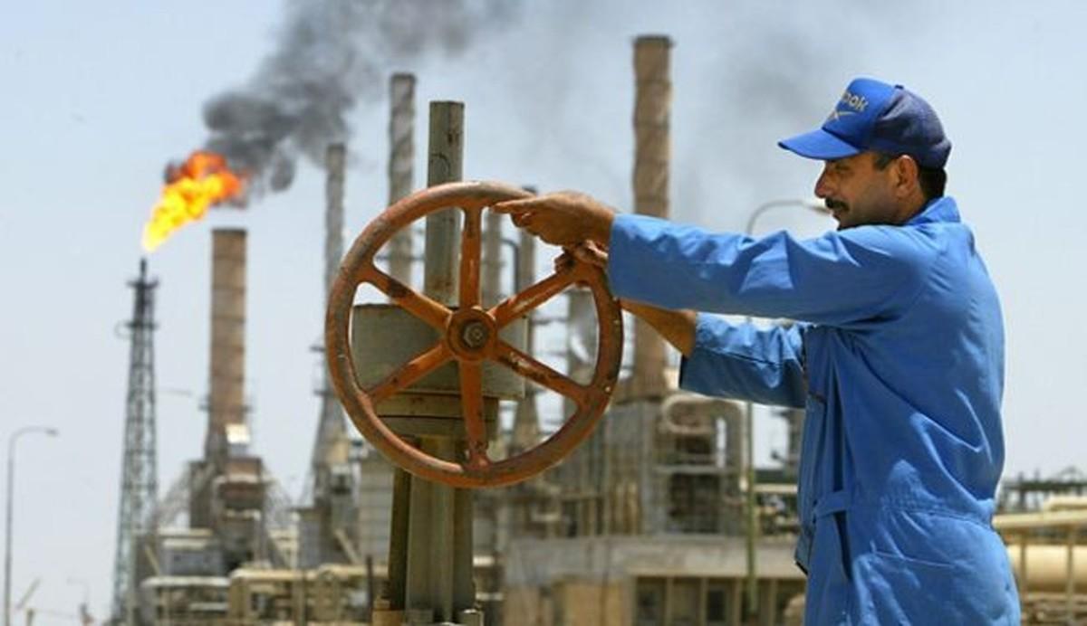 بلومبرگ: نفت اضافی عربستان خریدار ندارد