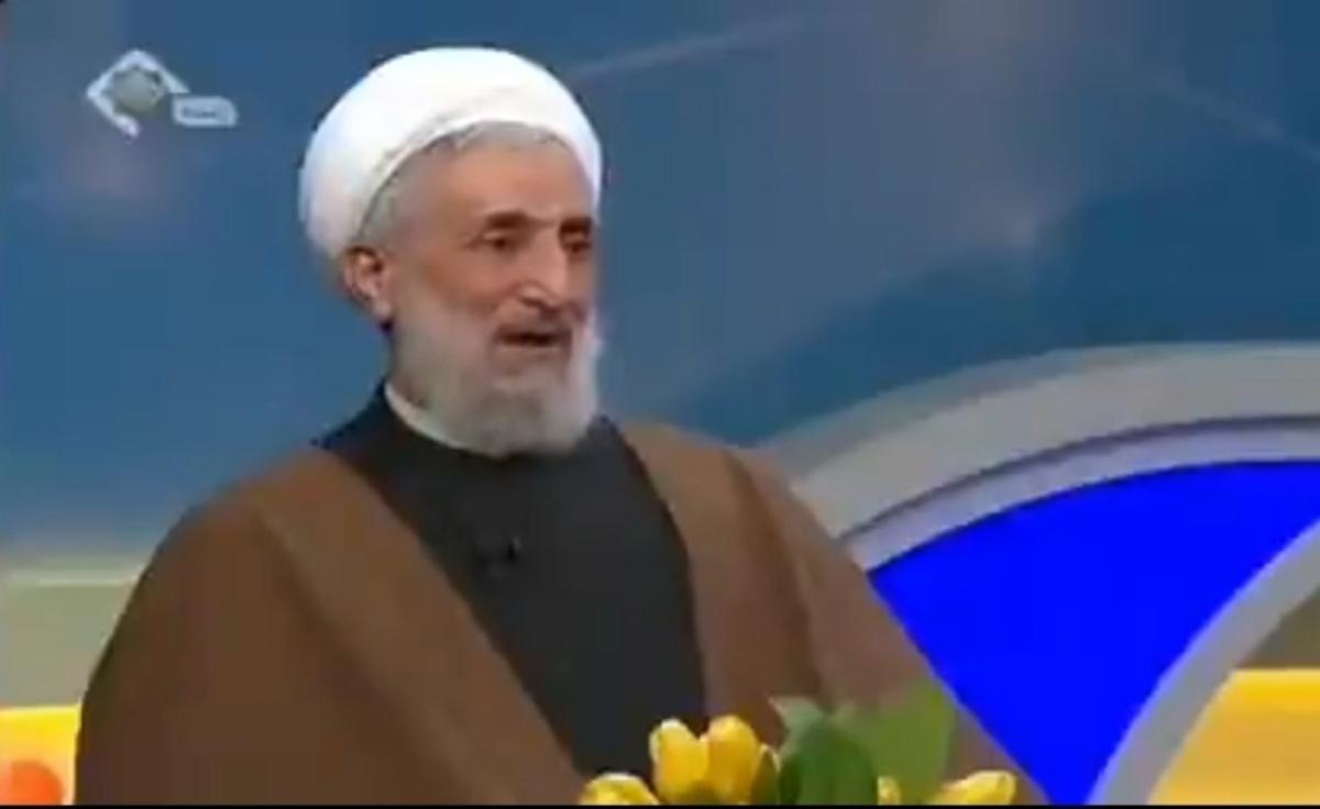 حجتالاسلام صدیقی: آیتالله مصباح هنگام غسل چشمش را باز کرد + ویدئو