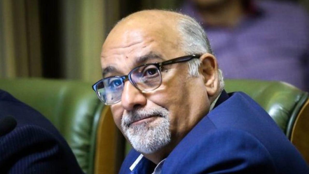 حسن خلیلآبادی استعفا داد