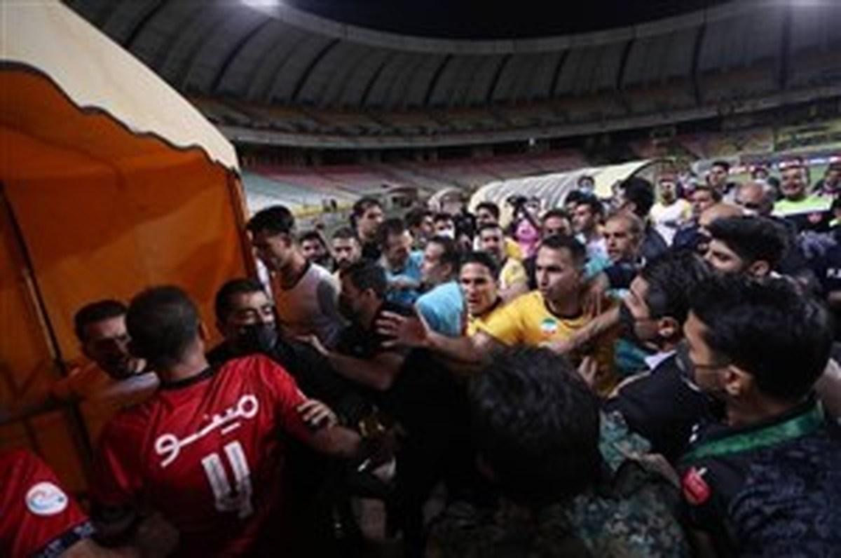 خودزنی تاریخی در فوتبال ایران