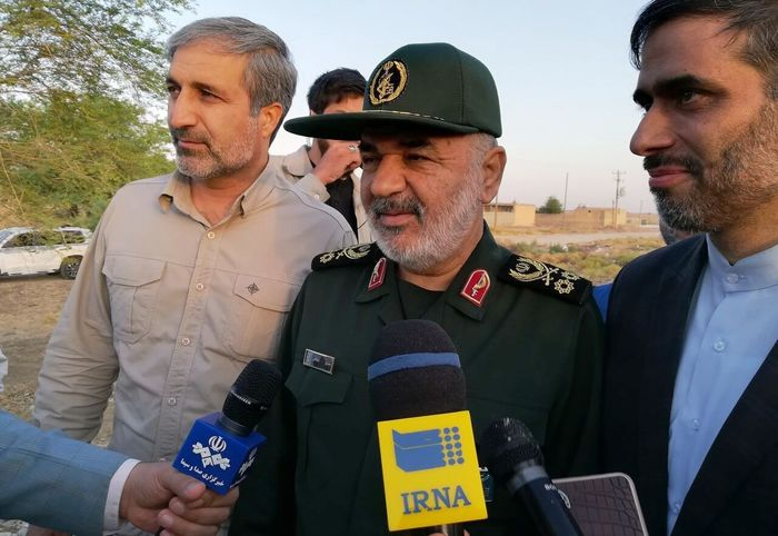 سردار سلامی:  جز کشورهای حوزه خلیج فارس هیچ کشوری نمی تواند امنیت را در این منطقه برقرار کند
