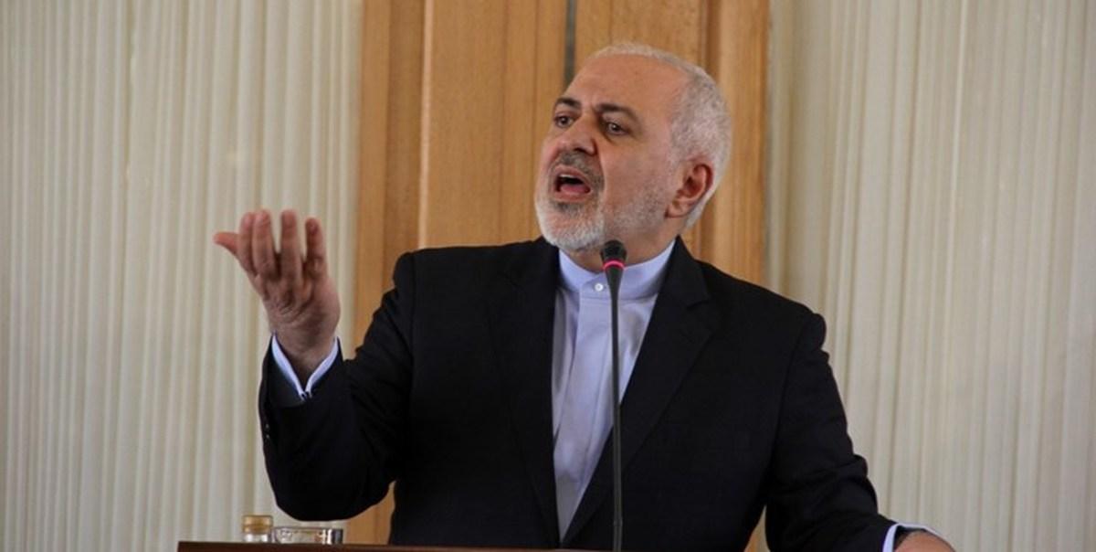 ظریف: آمریکا میخواهد انزوای خود را پشت نشست ورشو پنهان کند