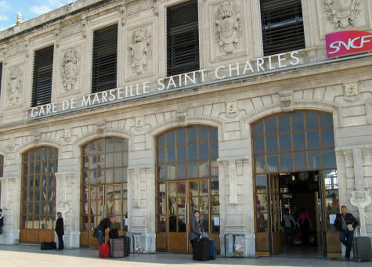 حمله با اسید به چهار شهروند زن آمریکایی در فرانسه