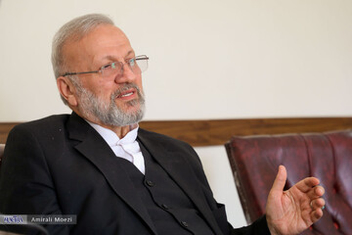 پاسخ منوچهر متکی بعد از شنیدن نام احمدی نژاد