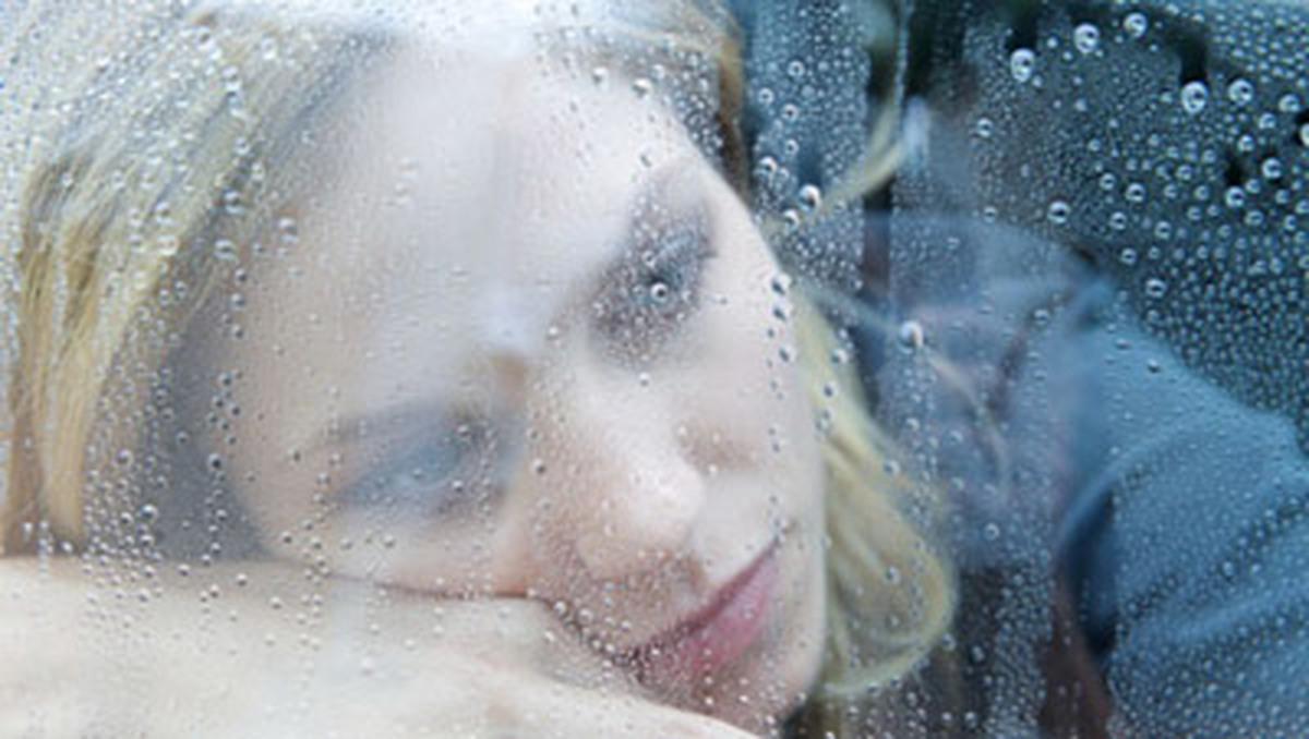 مبتلایان به اختلال عاطفی فصلی چگونه فصل پاییز را بهتر پشت سر بگذارند؟