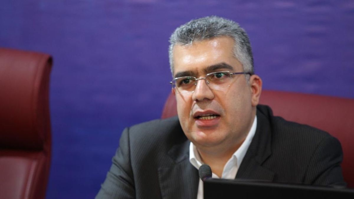پیشنهاد رئیس سازمان بورس به وزیر نیرو برای بهبود وضعیت اقتصادی