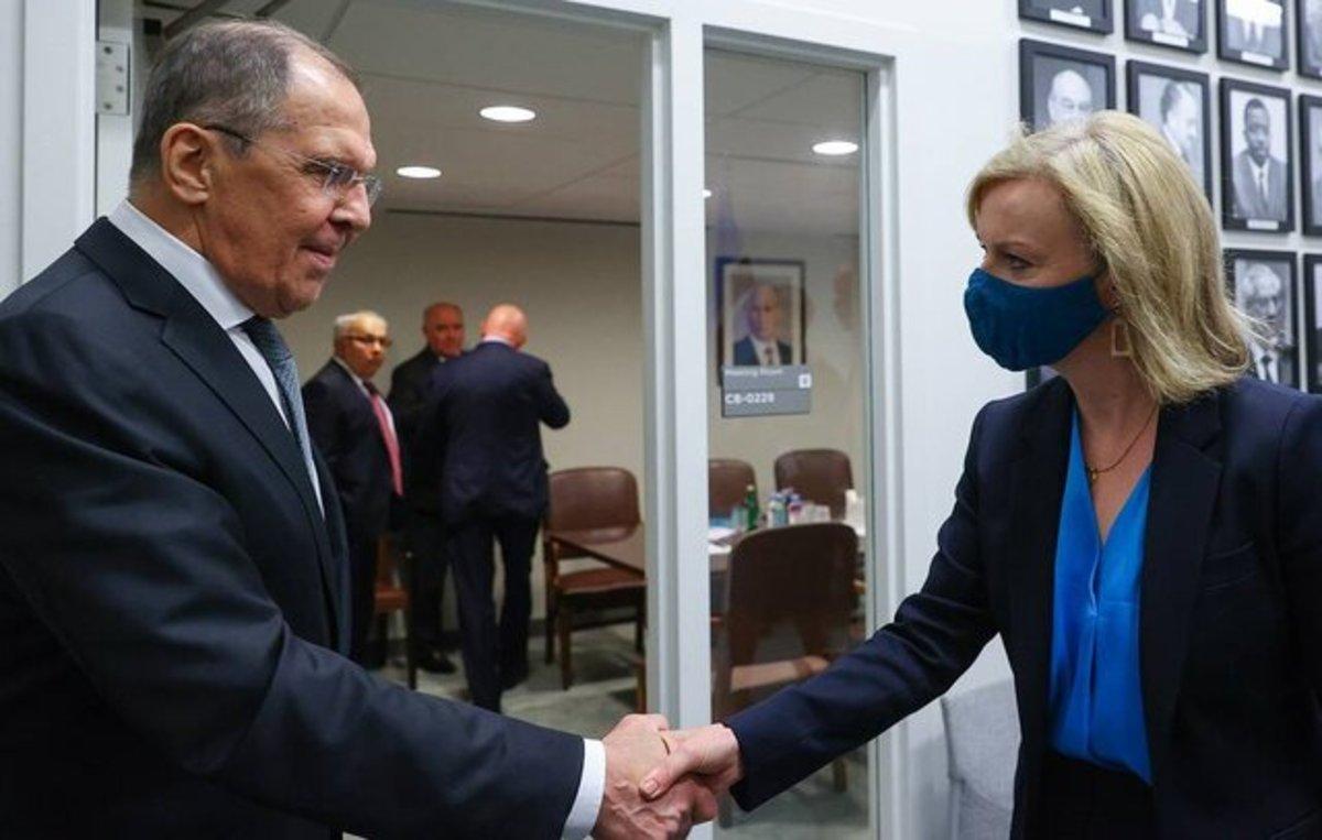 تاکید انگلیس و روسیه بر لزوم بازگشت ایران به مذاکرات وین