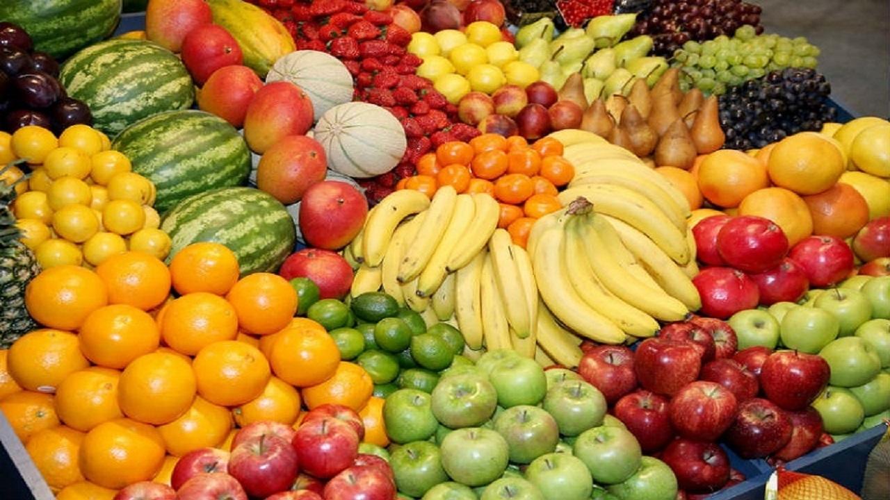 کمبودی در عرضه انواع میوه شب یلدا نداریم./موز دوباره گران شد