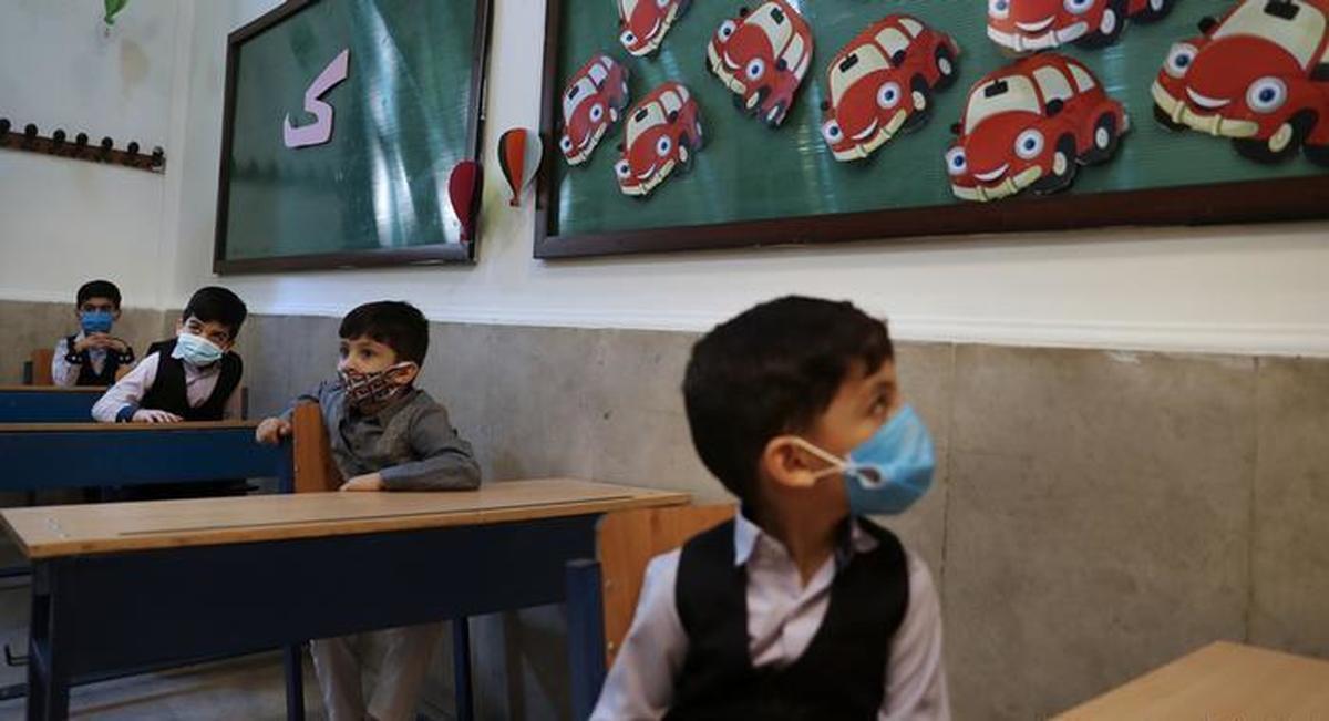 وعده بازگشایی مدارس در مهر ماه