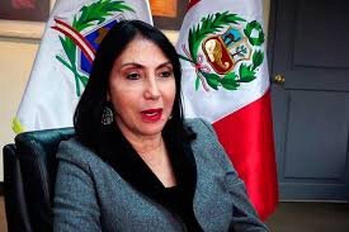 وزیر خارجه پرو به خاطر زدن واکسن کرونا خارج از نوبت، استعفا کرد