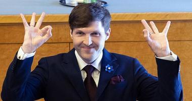 استونی با طرح نجات اقتصادی کمیسیون اروپا مخالفت کرد.