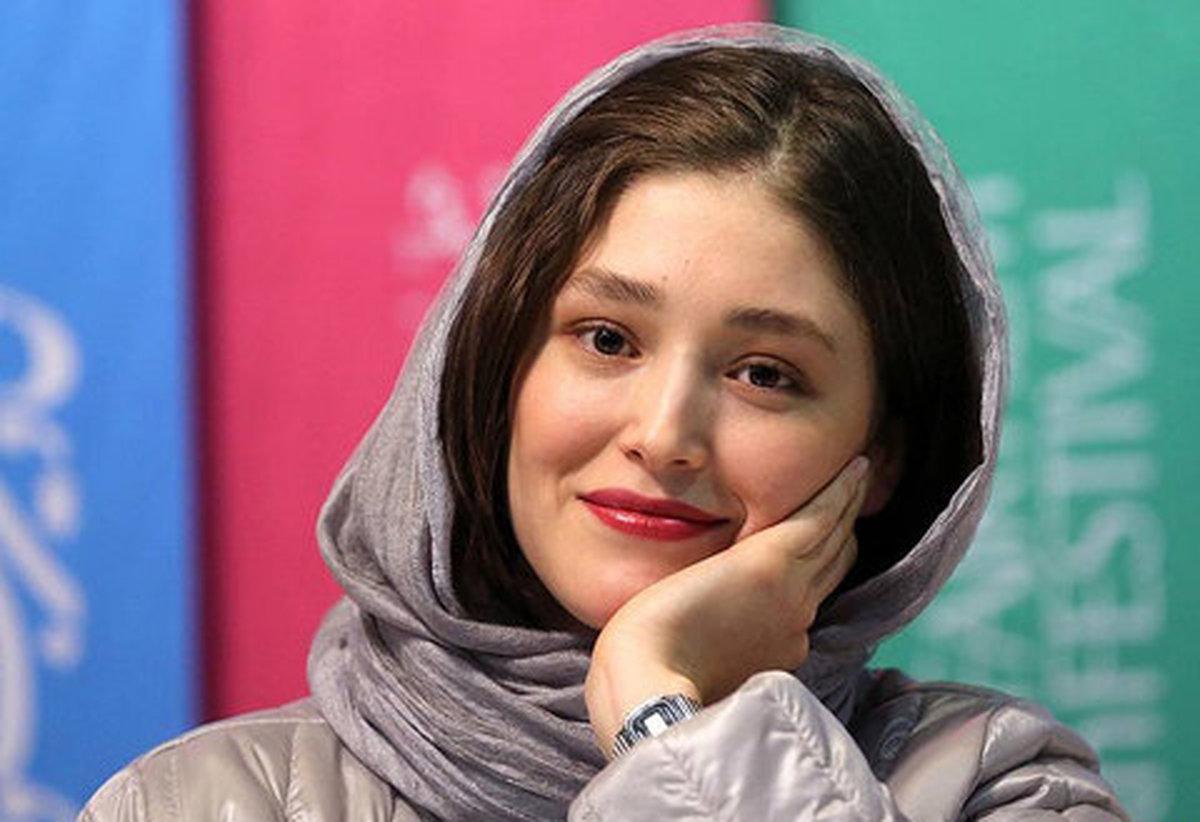 فرشته حسینی از ایران رفت +عکس