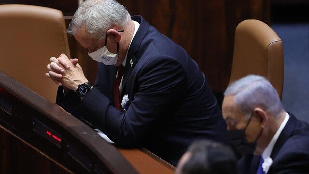 گانتس: من فرش زیر پای نفتالی بنت شدم تا نخستوزیر شود