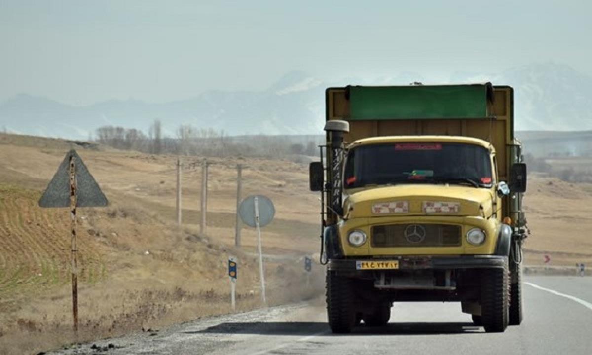 عکسهای متتشر شده کامیونهای ایرانی در قرهباغ نادرست میباشند