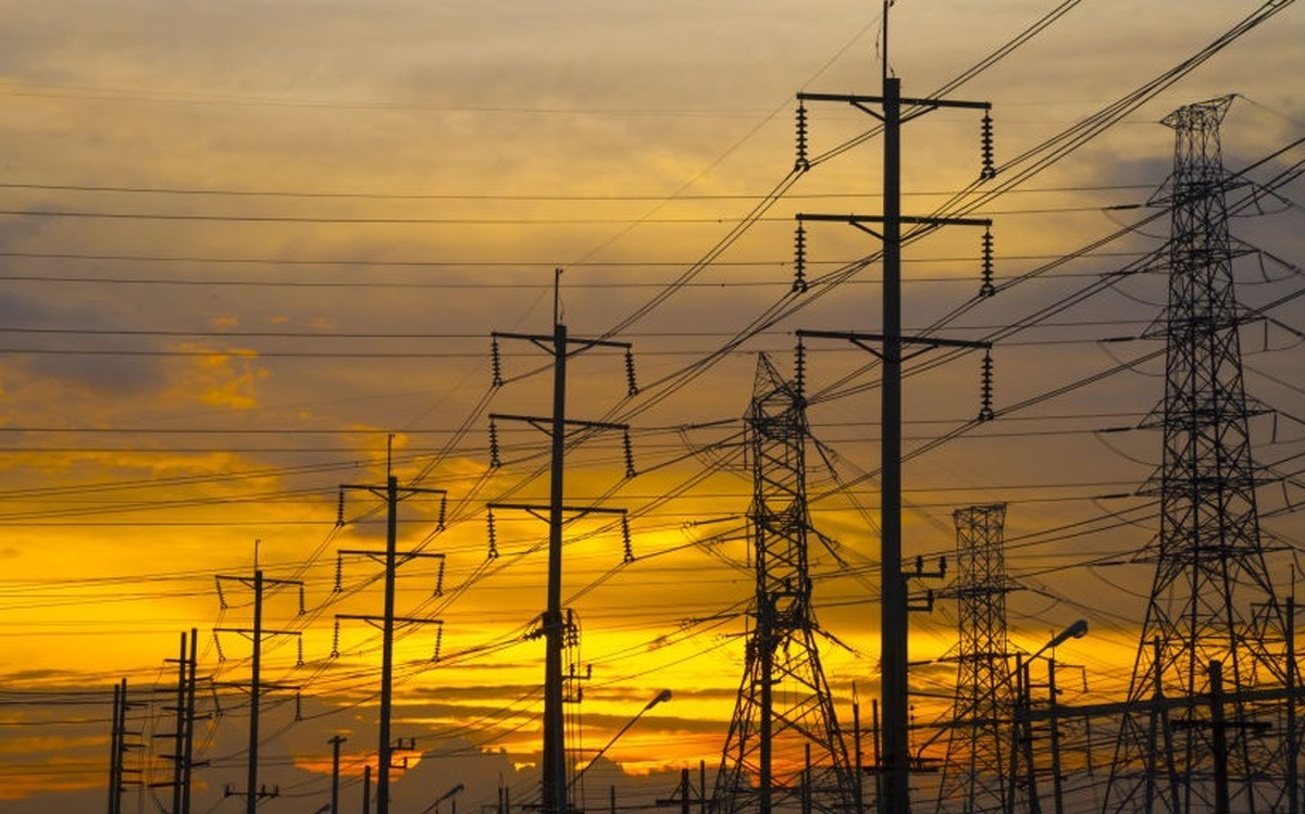 قطع برق نامنظم و 3 باره برخی مشترکان