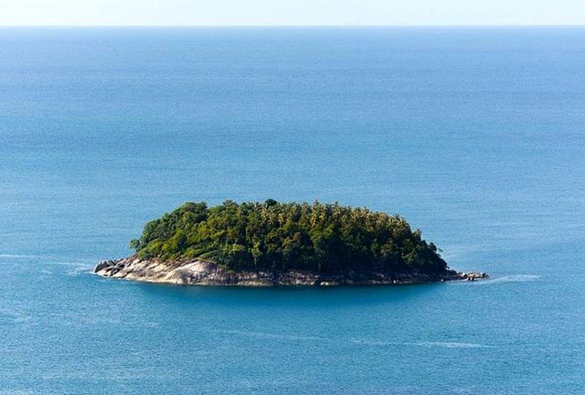 دو مرد و یک زن پس از ۳۳ روز از یک جزیره دورافتاده نجات یافتند