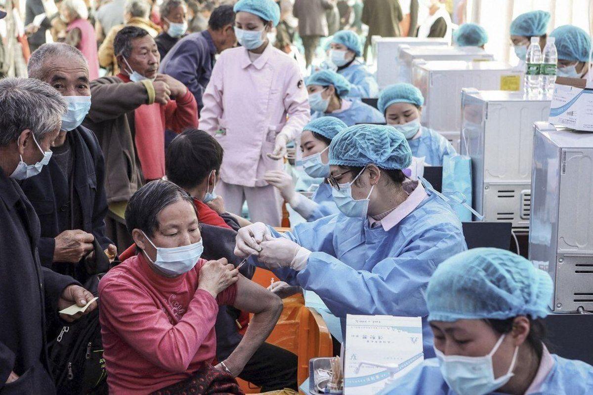چین چند درصداز  جمعیت خود را کاملاً واکسینه کرد؟
