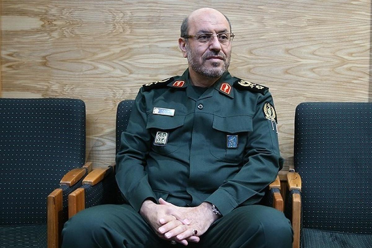 من نه احمدی نژادم، نه روحانی نه خاتمی!