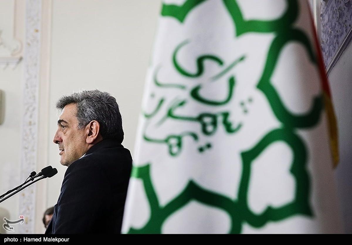نامه حناچی به دفتر رهبر انقلاب برای کمک به حملونقل عمومی تهران