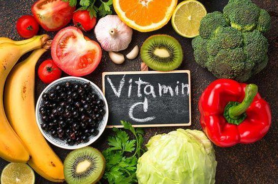 نقش ویتامین C در پیشگیری از بیماری های پاییزی