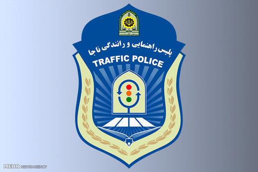 برخورد پلیس با نصب غیرمجاز تابلوی آژانس روی سقف خودروهای شخصی