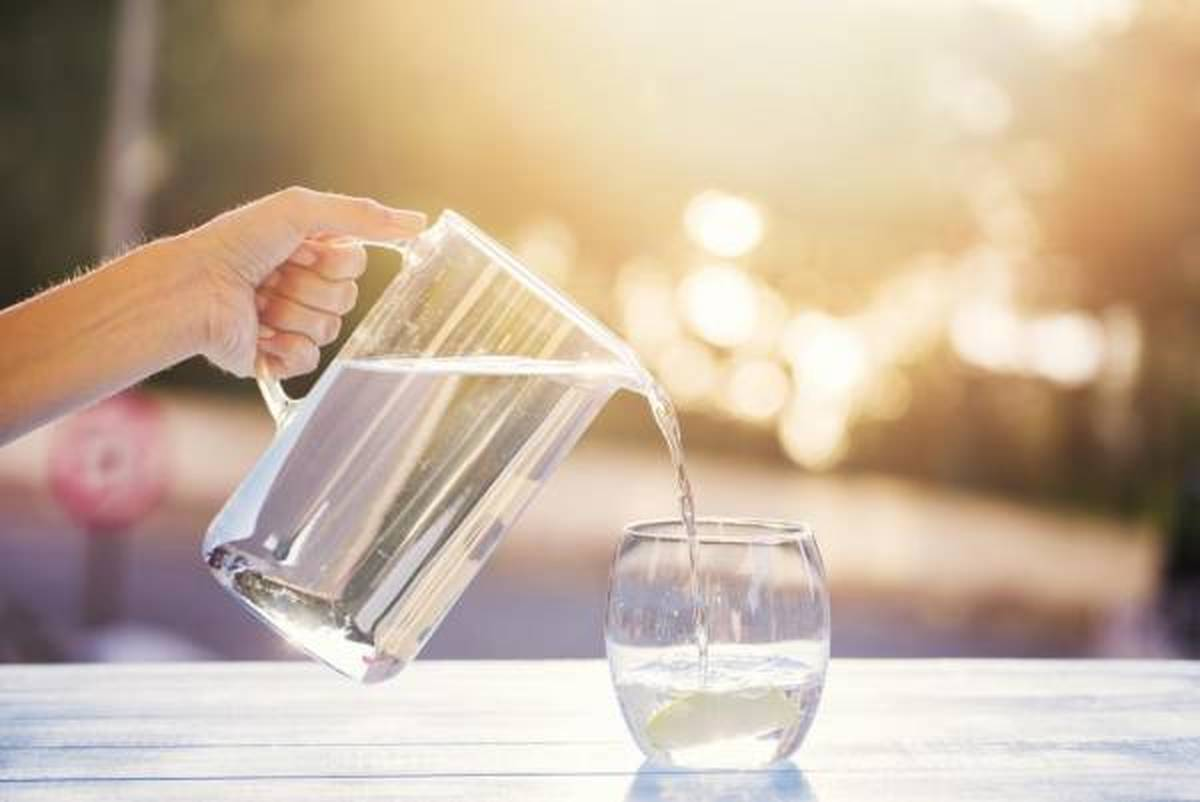 با خوردن یک لیوان  آب دیگر دچار اضافه وزن نخواهید شد