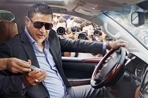 علی دایی: نخواستم در هواپیما در کنار احمدینژاد بنشینم