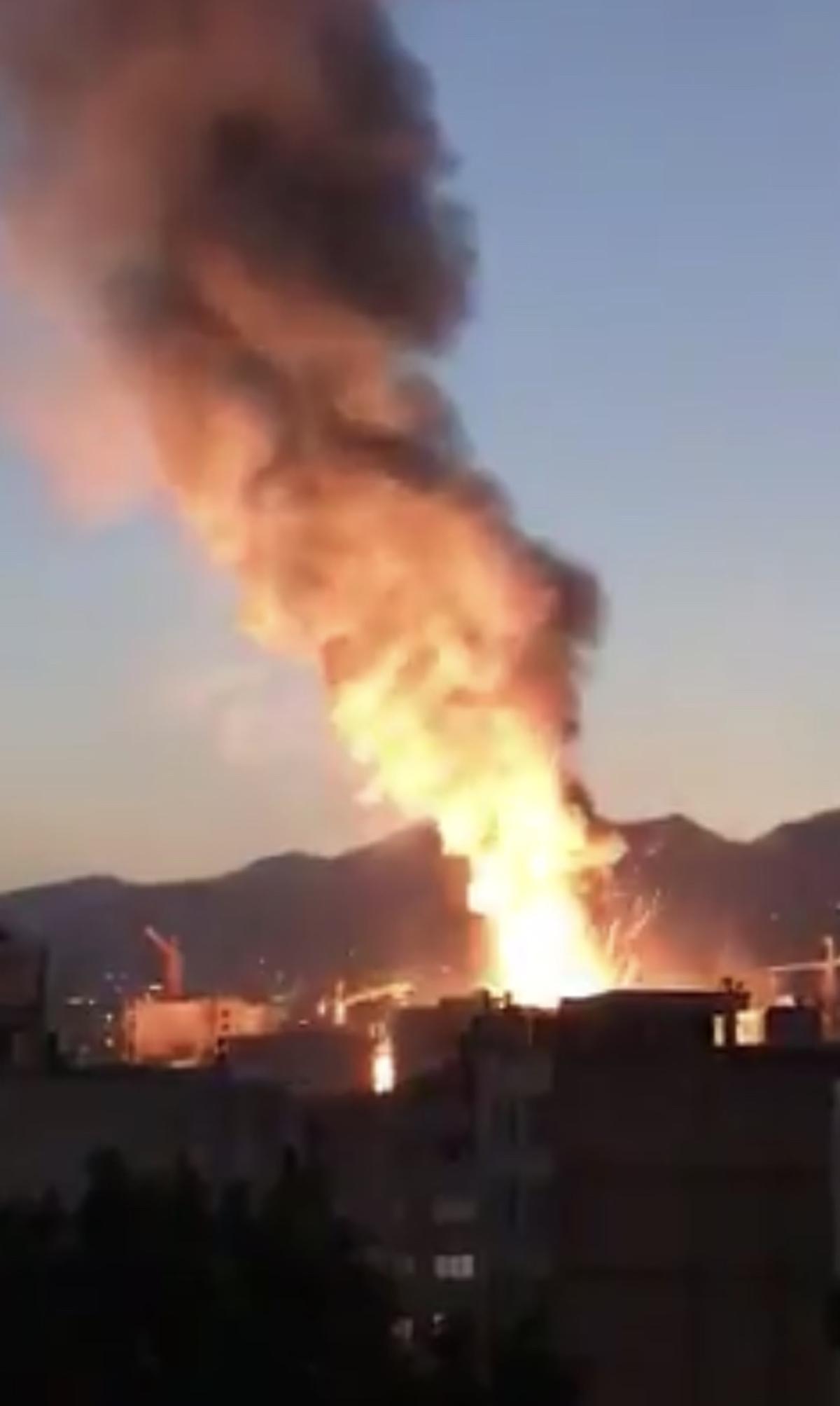 افزایش کشته های  آتش سوزی شمال تهران به ۱۷ نفر