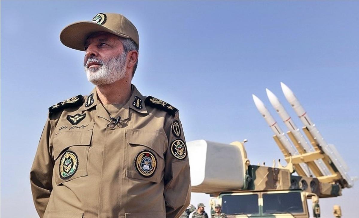 فرمانده کل ارتش از مرز دوغارون  بازدید کرد