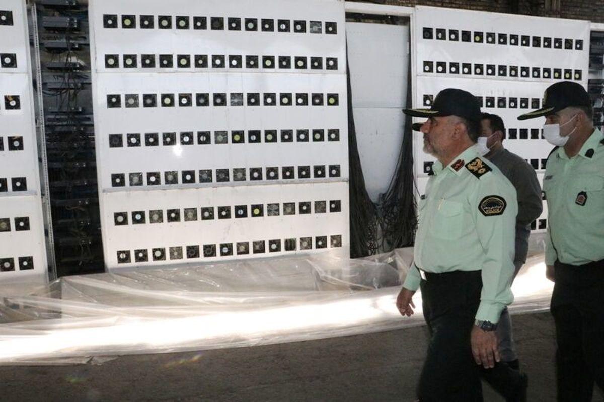 کشف بزرگترین مزرعه استخراج رمزارز کشور با ۷ هزار ماینر در تهران