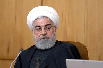 روحانی: تمام دستگاههای کشور موظف به اجرای مصوبات ستاد ملی مدیریت بیماری کرونا هستند