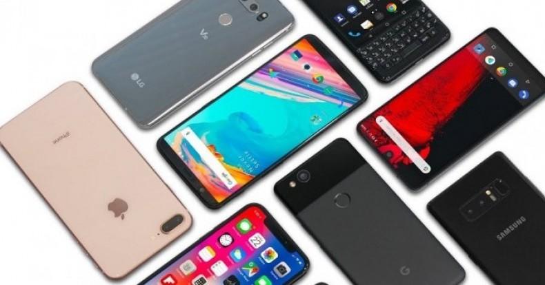 اگر قصد خرید تلفن همراه دارید درنگ نکنید| کاهش قیمتها در بازار تلفنهمراه