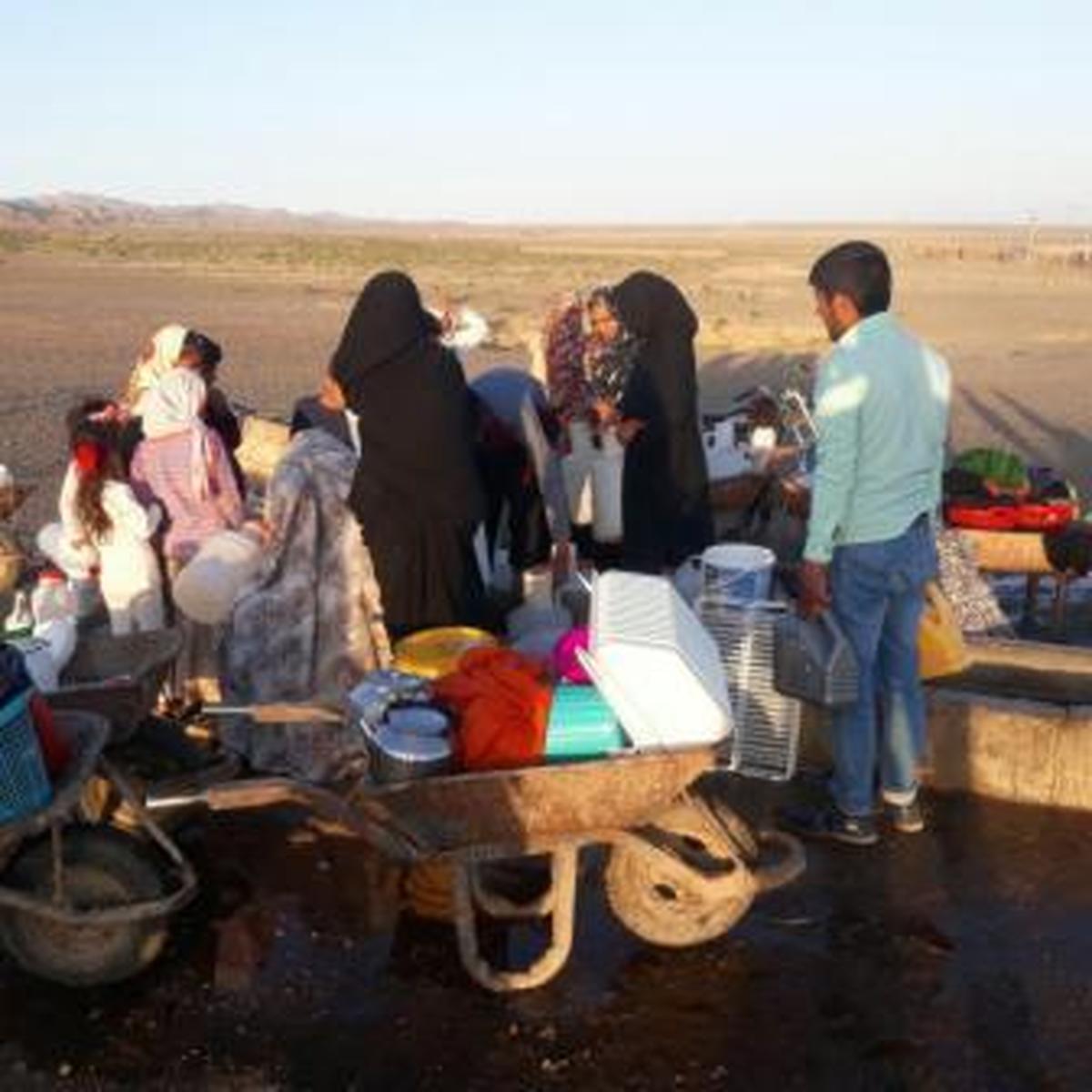 تهیه آب آشامیدنی درروستای بشیر آباد باعث سقط جنین پنج مادر باردار شده است.