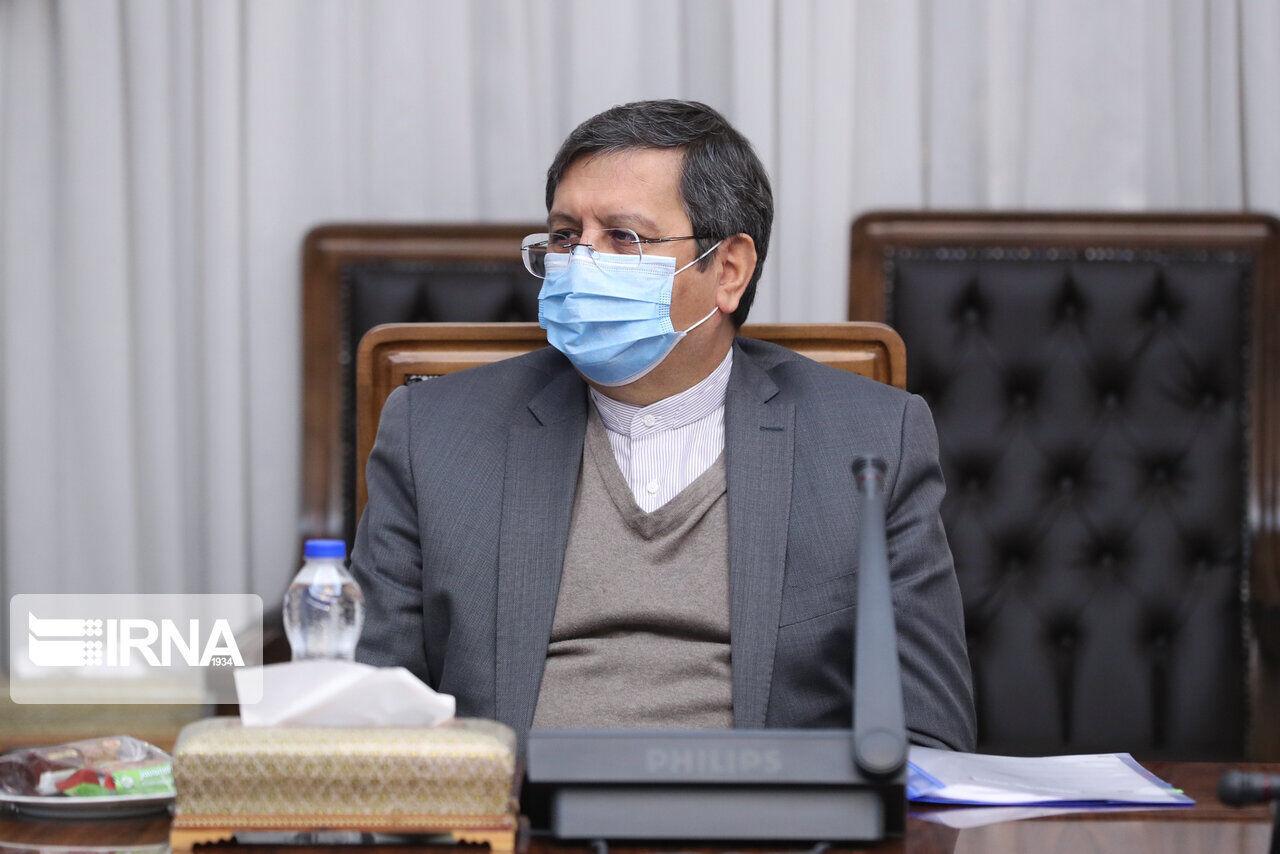همتی  : روابط تجاری ایران با برخی کشورها در حال بازگشایی است