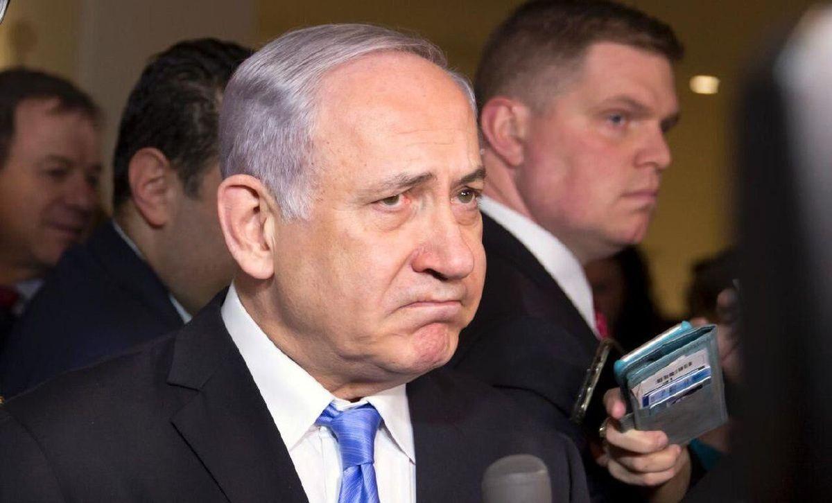 در عرض نیم ساعت و بدون هیچ مراسمی نتانیاهو قدرت را به بنت واگذار کرد