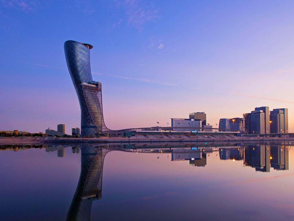 نگاهی به دروازه پایتخت ؛ کج ترین برج ساخته بشر