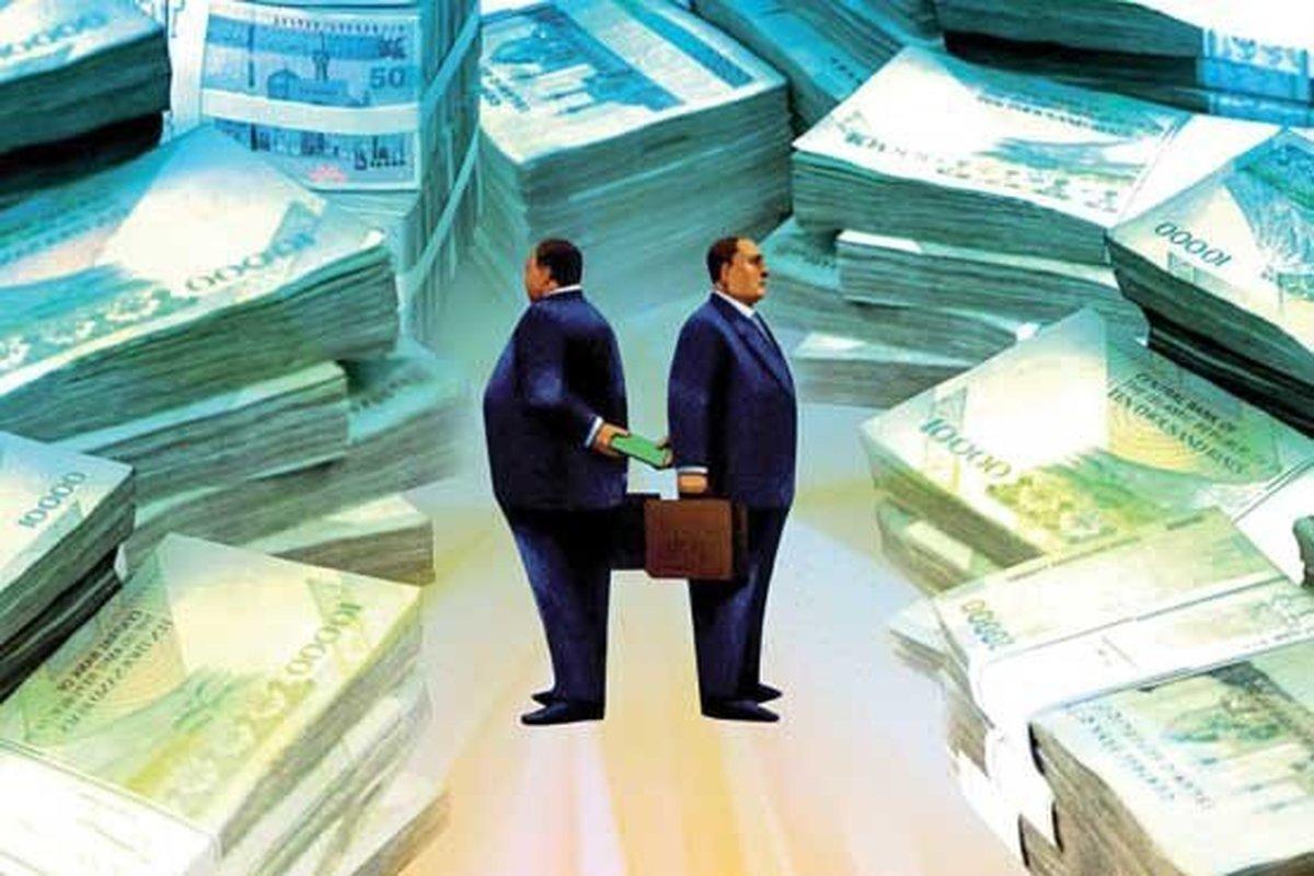 در مبارزه با فساد اولویت با چیست؟
