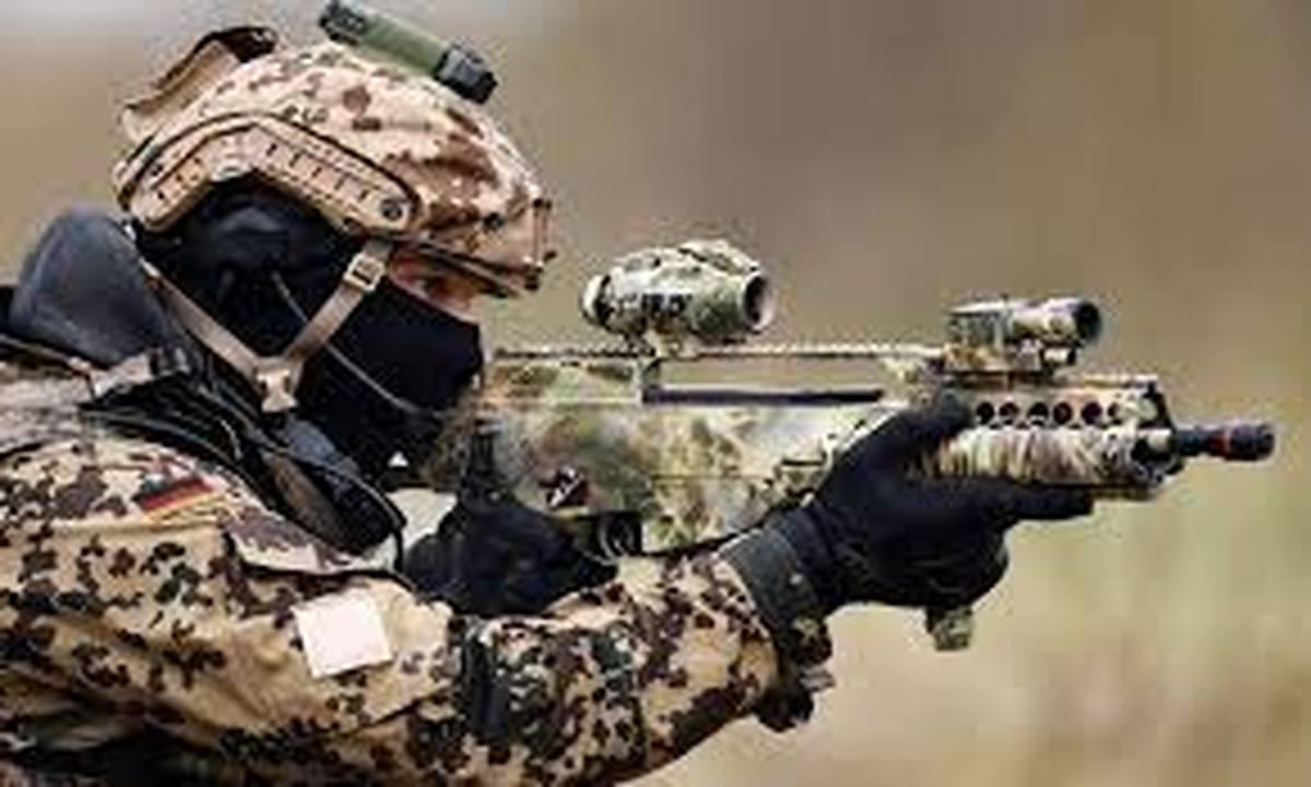 استفاده از نظامیان برای گرمکردن تنور انتخابات اساسا گزینه خطرناکی است.