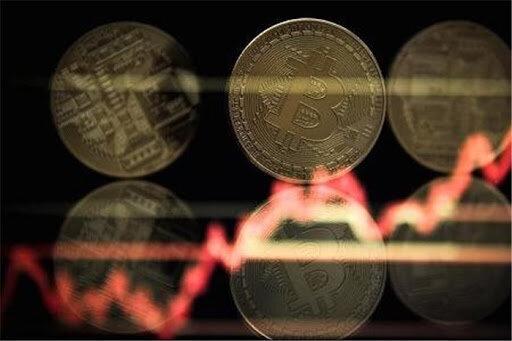 نگاهی به روند قیمت ارزهای دیجیتالی در یک سال اخیر